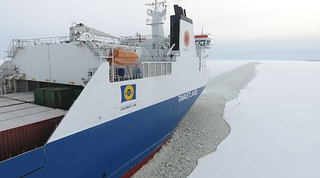The freighter ship continues on its journey to the the snowy Port of Oulu
